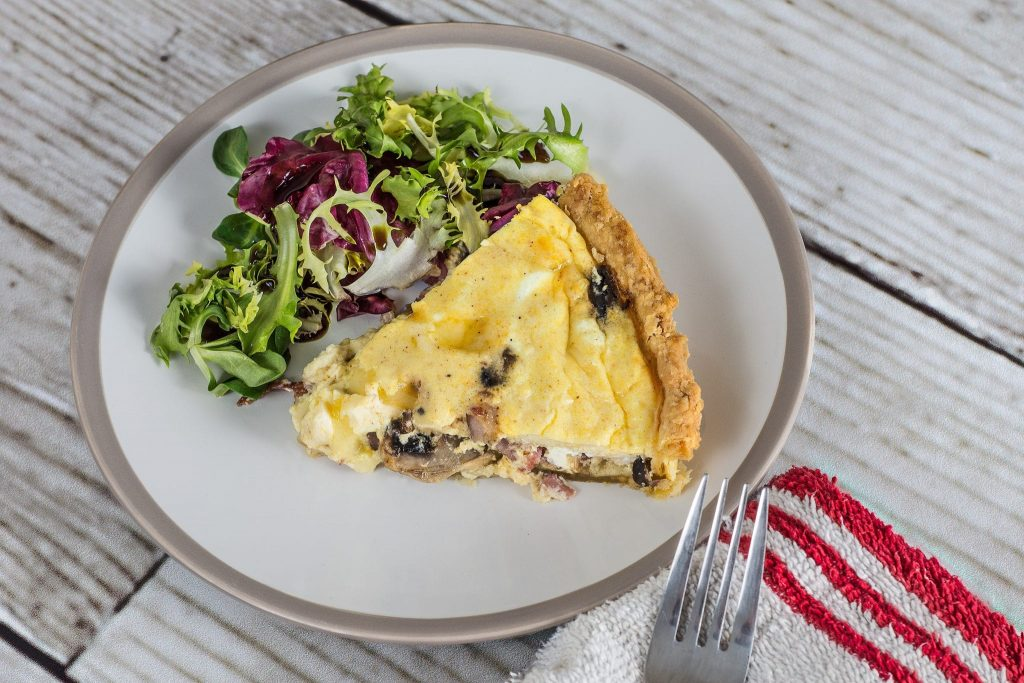 Delicious Quiche with Vegetables and Cheese